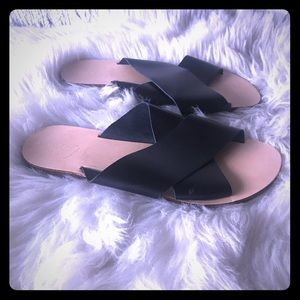 TOPSHOP Black Hawaii Cross Strap Sandals